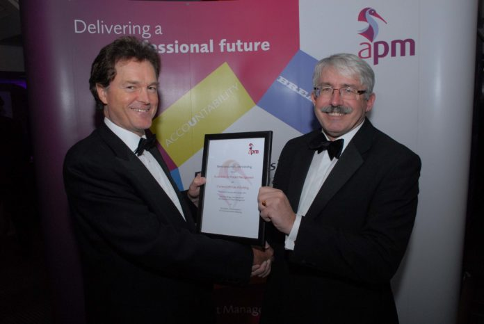 APM and CIOB sign MoU